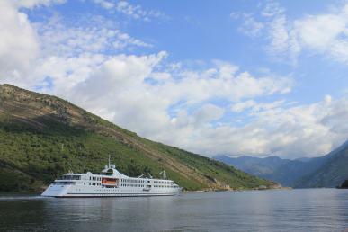 cruise នៅ Montenegro.JPG