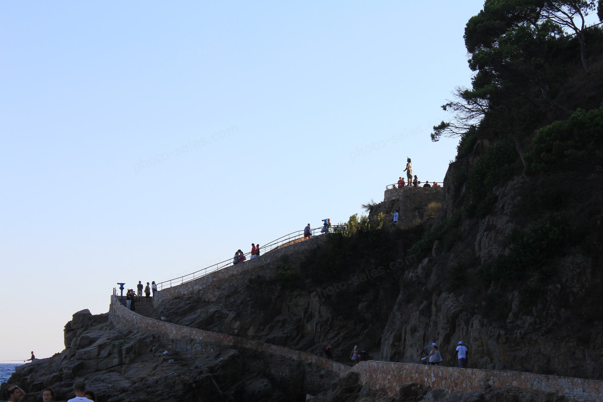 Lloret ڈی مارچ میں سیڑھیوں اور مجسمہ