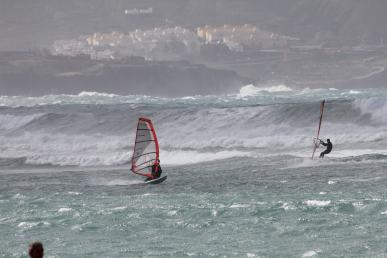 Windsurfers at waves, Gran Canaria