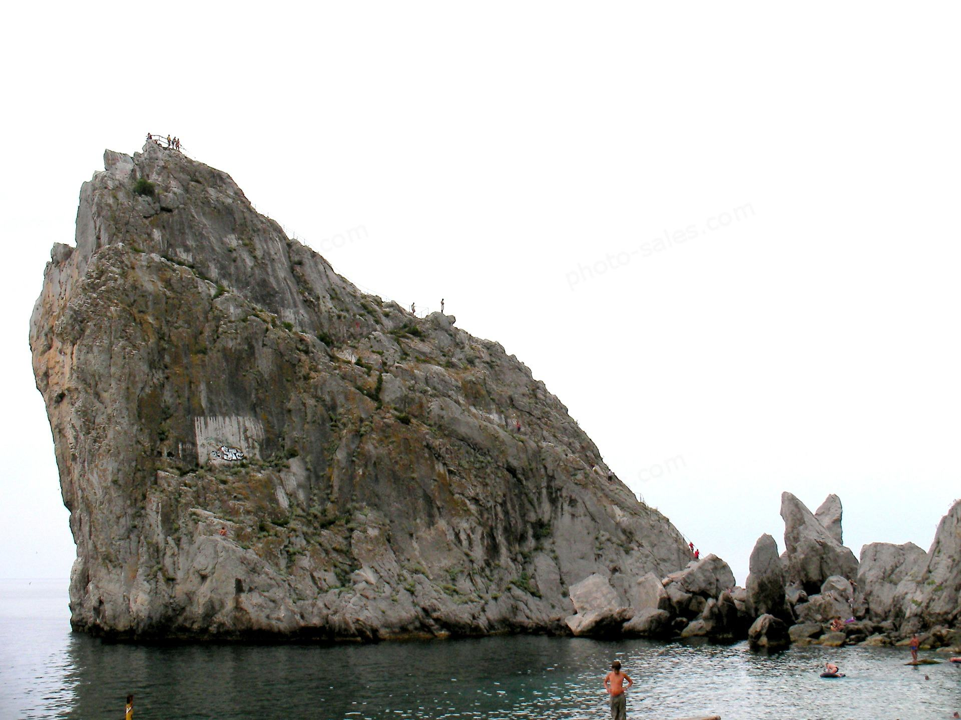 Cliff Divo über Meer