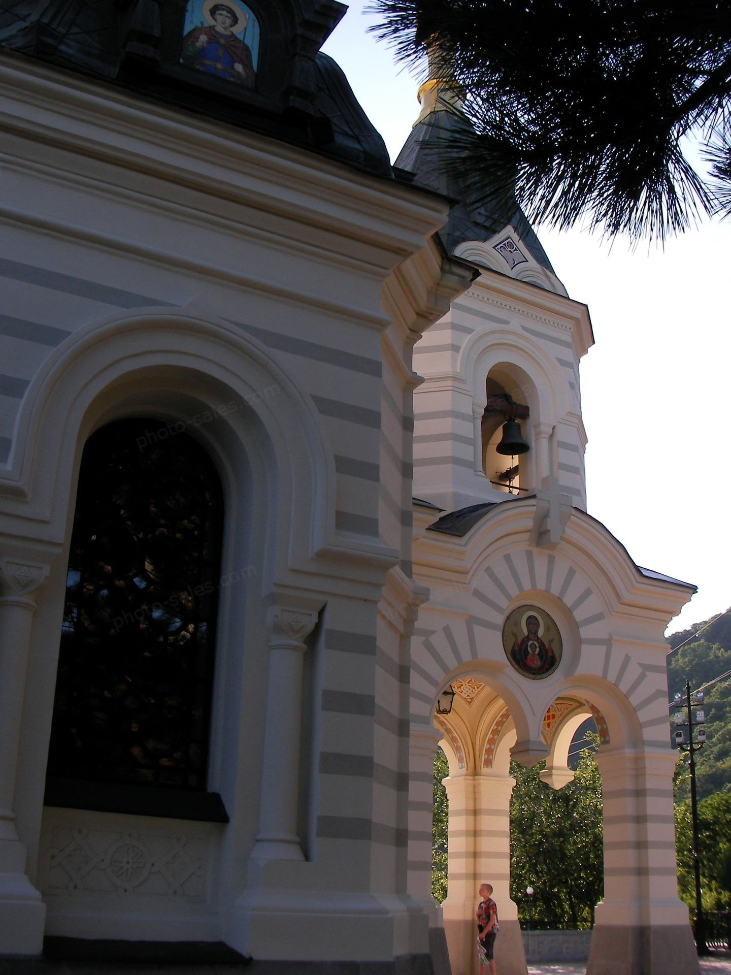 Ortodokse kirke med en bjelle