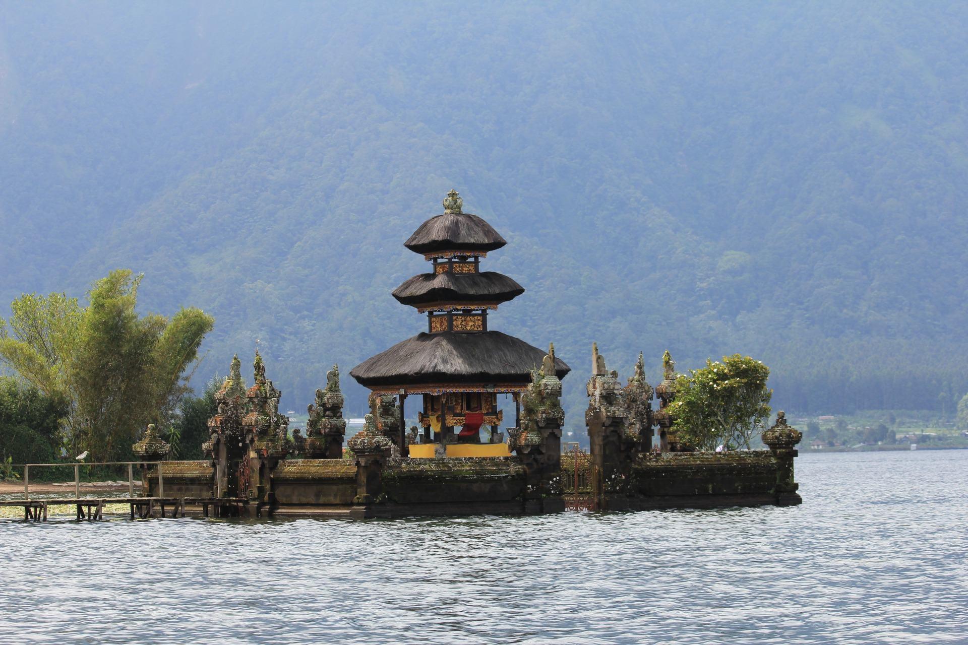 Temple on the lake, Bali (Indonesia).